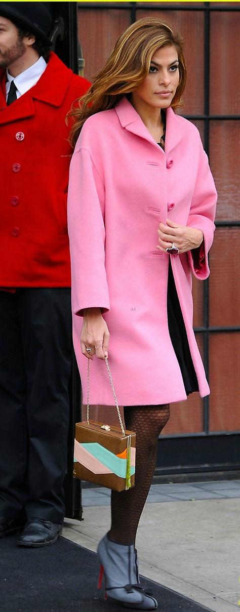 Eva Mendes out & about in Pink.