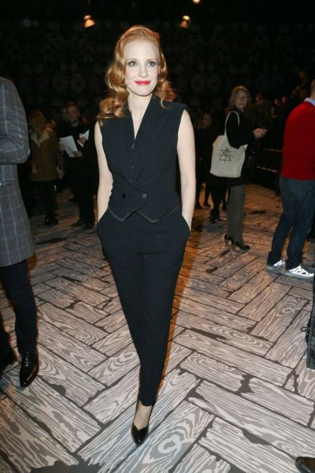 Jessica Chastain: headed to the City of Lights to take in Paris Fashion Week at the Viktor and Rolf Fall/Winter 2013 RTW show in France