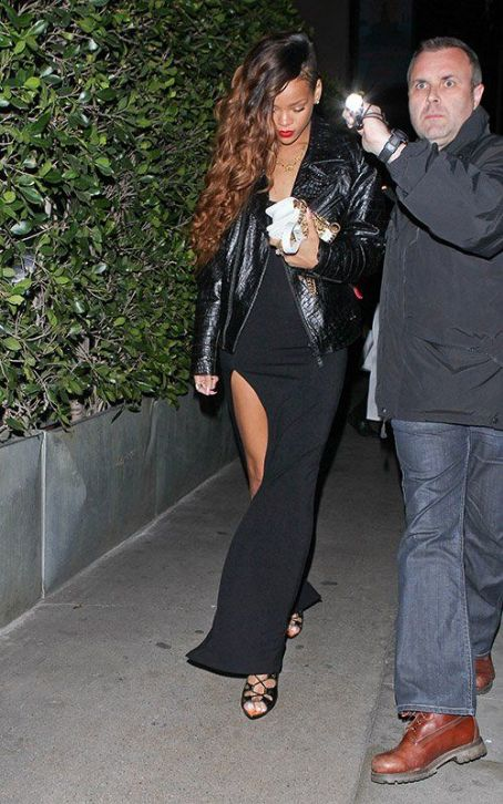 Rihanna: at Giorgio Baldi restaurant in West Hollywood