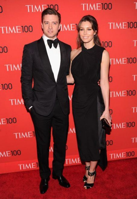 Jessica Biel showed up at the Time 100 Gala on Tuesday (April 23) in New York City.
