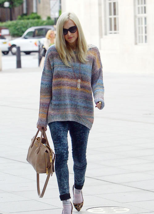 fearne-cotton-post-baby-body-fashion-style-clothes-radio-1-celebrity-juice-august-2013-acid-skinny-jeans-leopard-pointed-heels